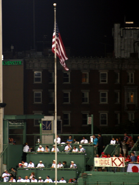 Didn't need to look at the flag to know the wind was blowing out at Fenway last night... 3 Sox home runs told us that!