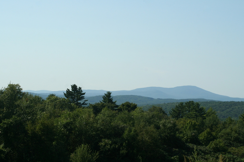 Carter Hill Orchard  in Concord has beaufiul views of Mt. Moosilauke and Mt. Cardigan