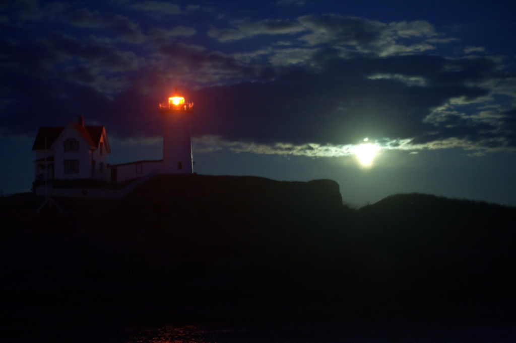 Moon rising over the Nubble notch