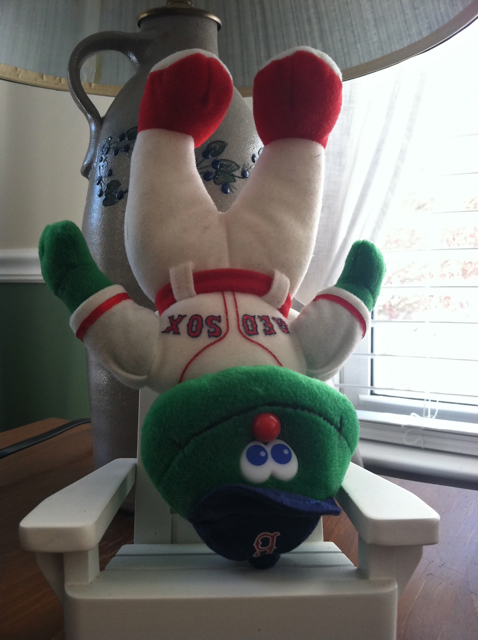 Wally is getting seriously dizzy...  cmon Sox...
