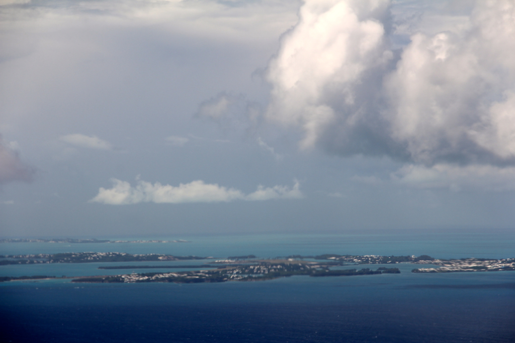 Hoping Hurricane Gonzalo spares vulnerable Bermuda...